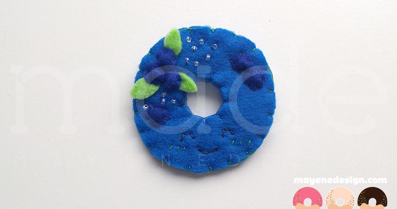 blueberrydonutbrooches1